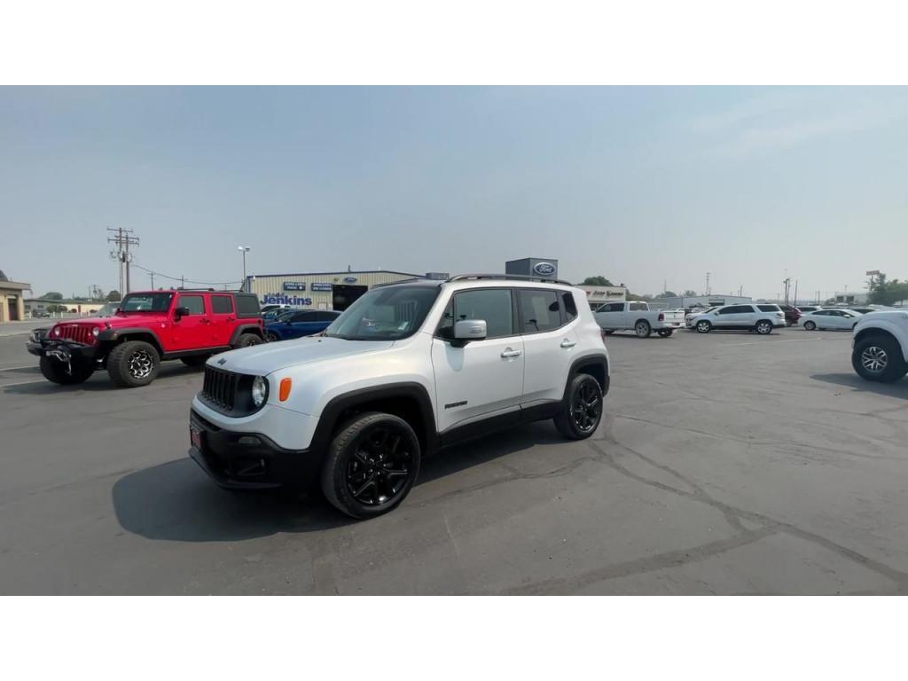 dealerslink_s3_amazonaws_com-vehicles-1206-181765T-6137fe0db0849_jpg