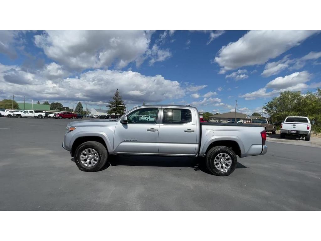 dealerslink_s3_amazonaws_com-vehicles-1206-183016T-614a1f1351a16_jpg