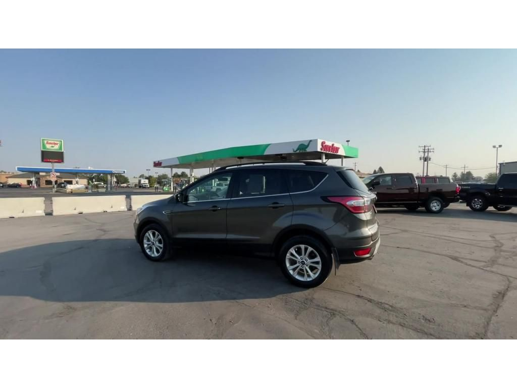 dealerslink_s3_amazonaws_com-vehicles-1206-185248T-613a4a4dd5288_jpg