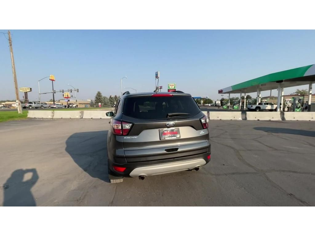 dealerslink_s3_amazonaws_com-vehicles-1206-185248T-613a4a4e0f3a0_jpg