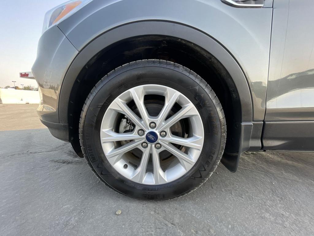 dealerslink_s3_amazonaws_com-vehicles-1206-185248T-613a4a4eb7b32_jpg