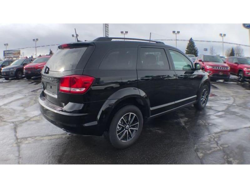 dealerslink_s3_amazonaws_com-vehicles-1206-185844T-6092f1c35c0f5_jpg