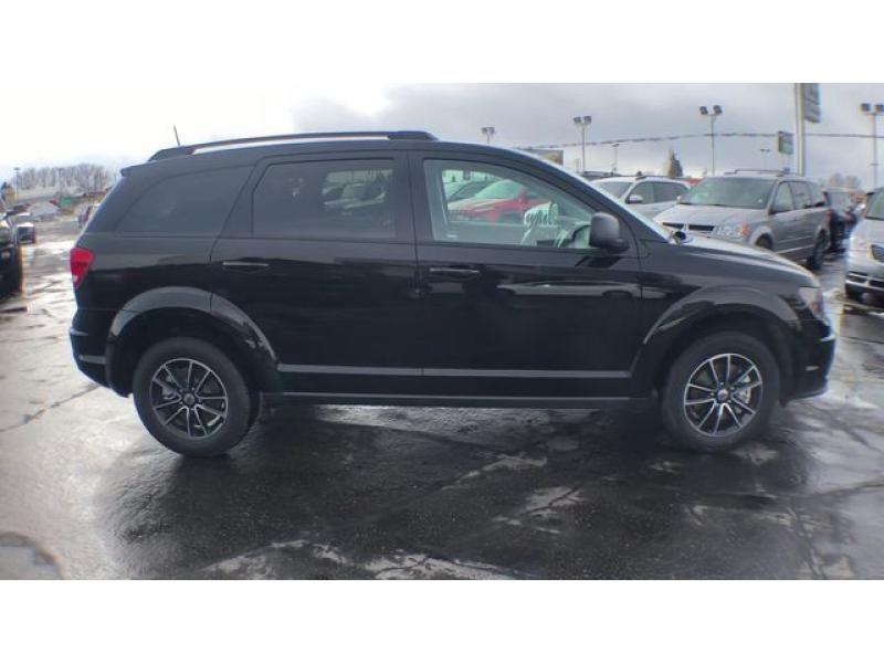 dealerslink_s3_amazonaws_com-vehicles-1206-185844T-6092f1c390aad_jpg