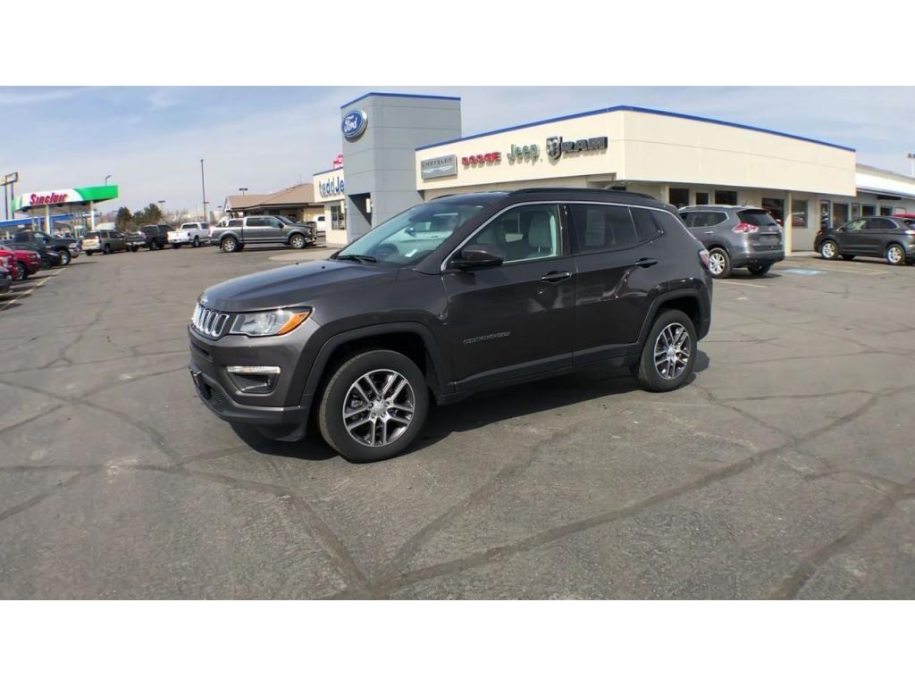 dealerslink_s3_amazonaws_com-vehicles-1206-186388C-6164d8e750963_jpg
