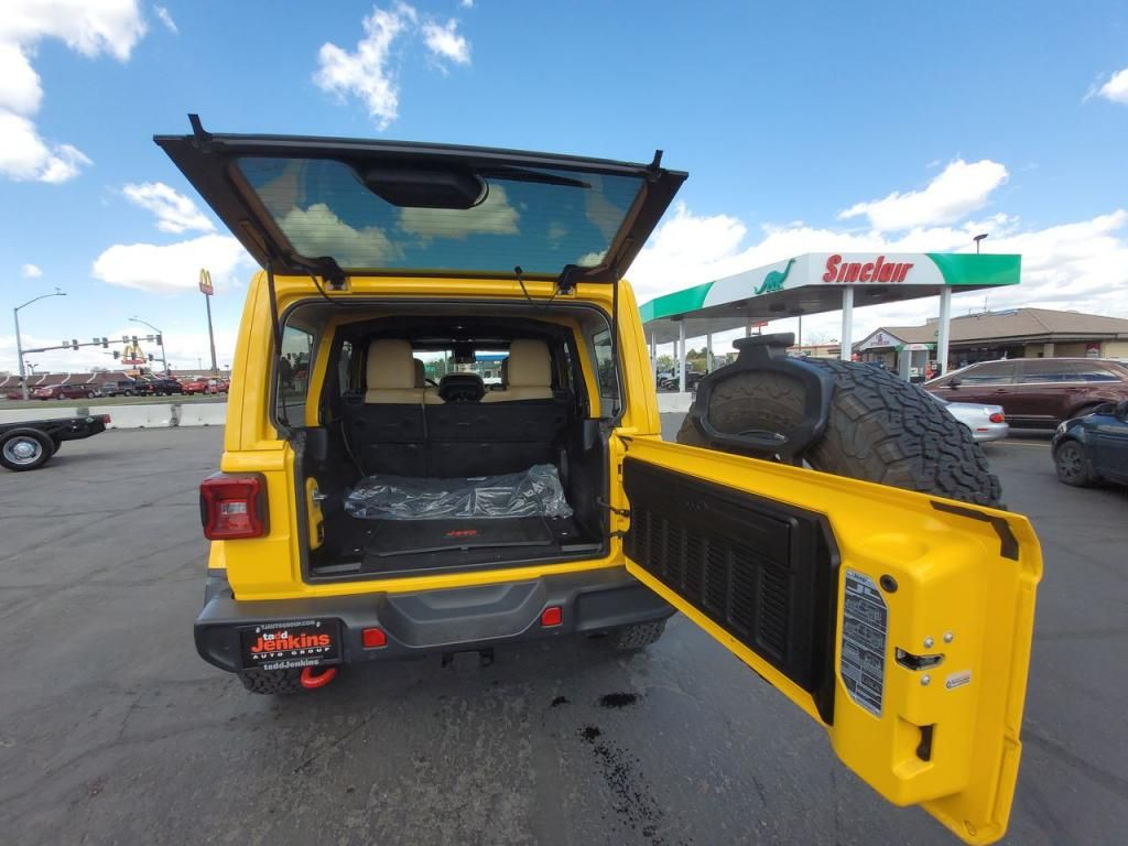 dealerslink_s3_amazonaws_com-vehicles-1206-193148T-6091cee9b23a5_jpg