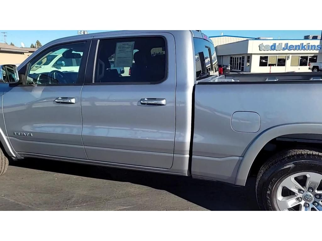 dealerslink_s3_amazonaws_com-vehicles-1206-198266T-5fcac5a442507_jpg