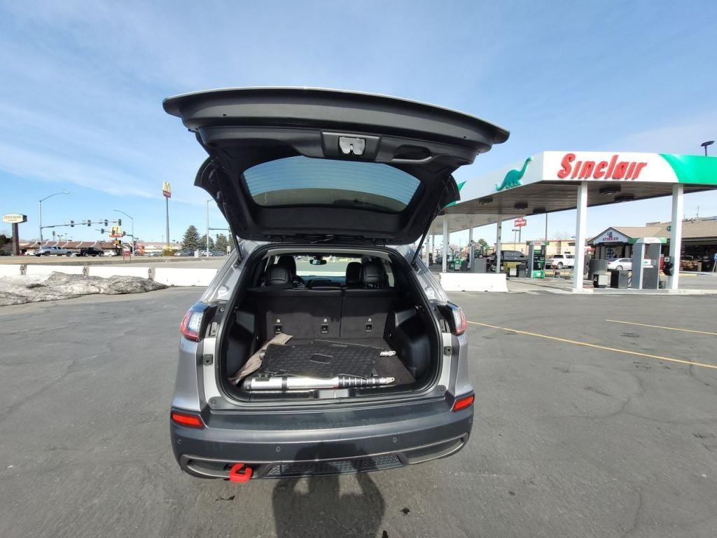 dealerslink_s3_amazonaws_com-vehicles-1206-198828T-60490ce549c3e_jpg