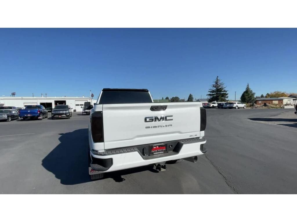 dealerslink_s3_amazonaws_com-vehicles-1206-202083T-6164d8fb1e061_jpg