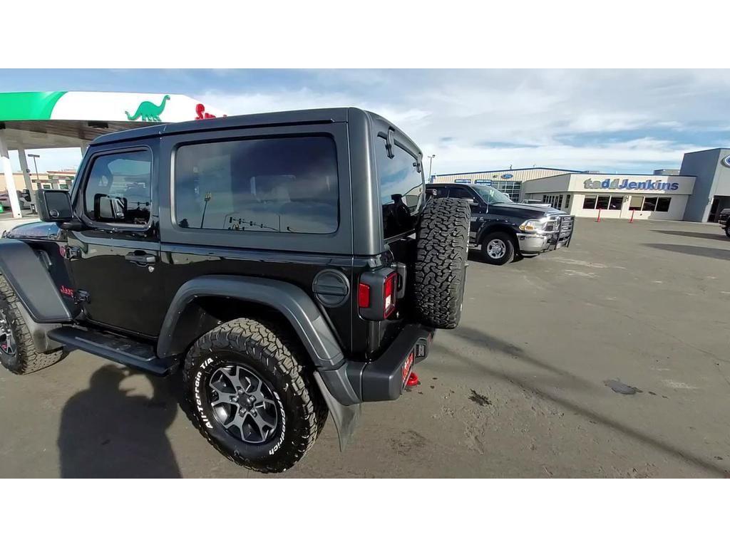 dealerslink_s3_amazonaws_com-vehicles-1206-204844T-5431E493BFBF2ABE0C6A3FFA5AA946DD_jpg
