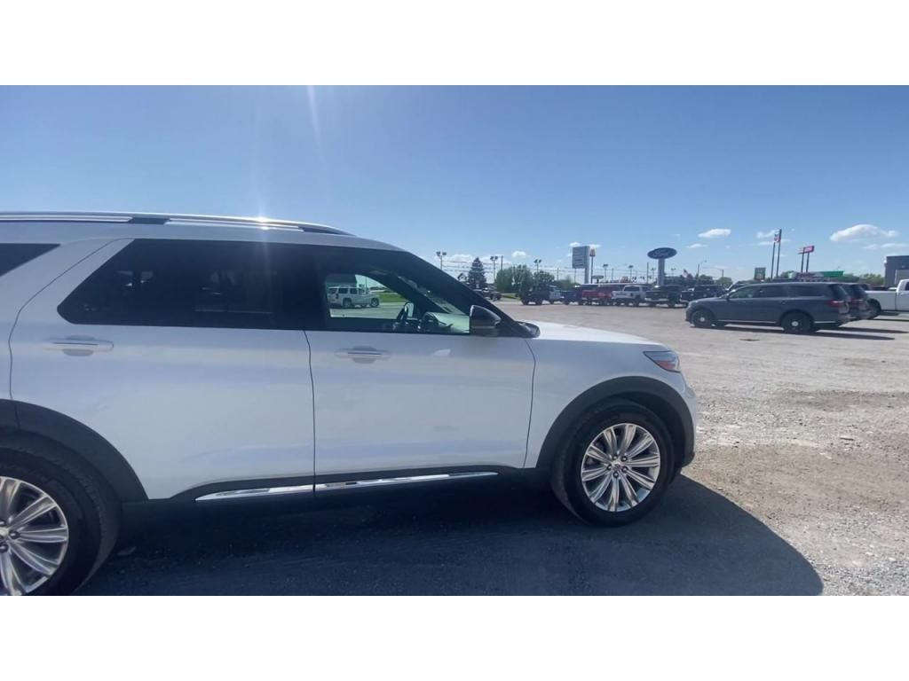 dealerslink_s3_amazonaws_com-vehicles-1206-204975T-60c1022640d72_jpg
