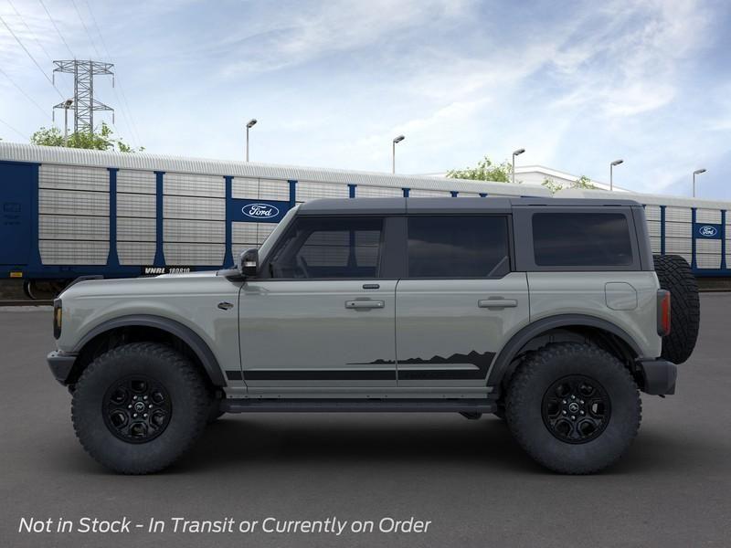 dealerslink_s3_amazonaws_com-vehicles-1206-216235N-614ef9e254e37_jpg