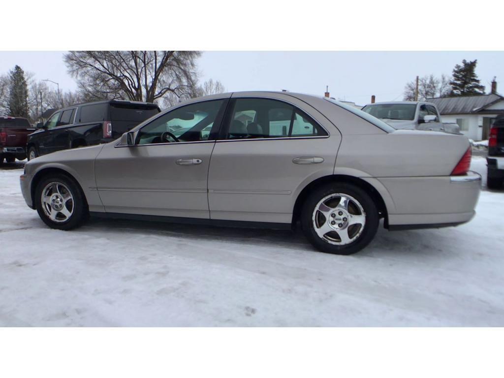 dealerslink_s3_amazonaws_com-vehicles-1354-004294D-6014cf2d960b1_jpg