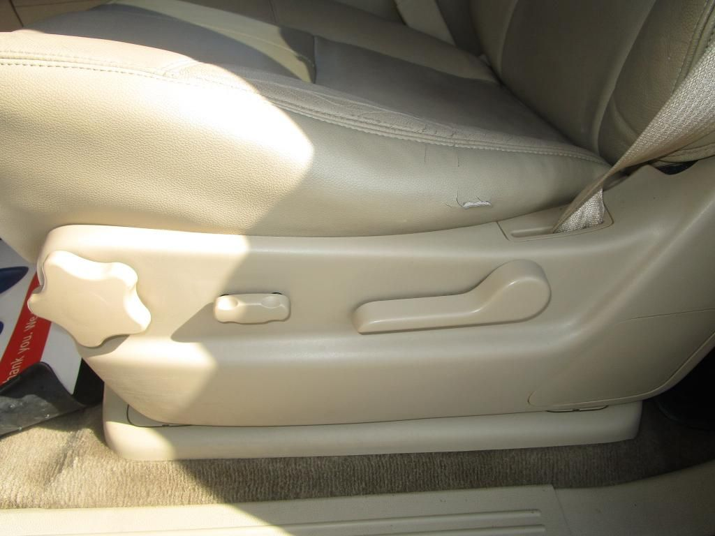 dealerslink_s3_amazonaws_com-vehicles-1354-100737T-BB396888CE6725B8E9487E443B7BFFEF_jpg