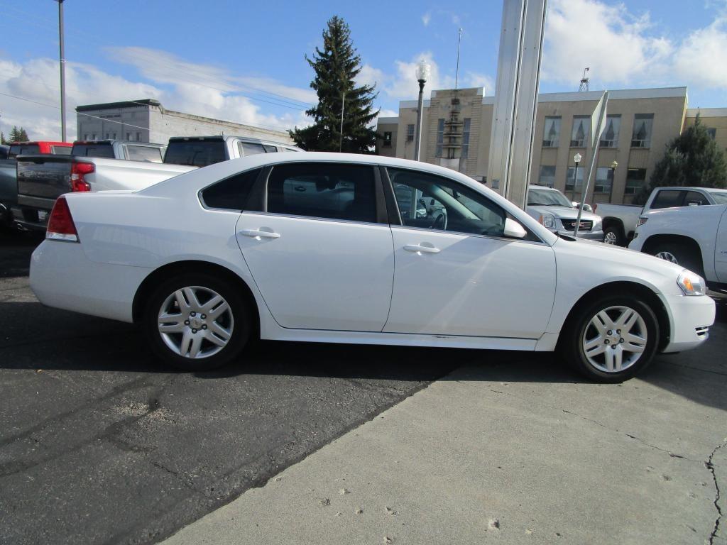 dealerslink_s3_amazonaws_com-vehicles-1354-127690T-50F040B1A7B5BB55548AEF2F4E478EF6_jpg