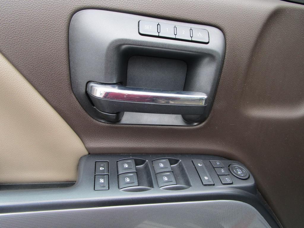 dealerslink_s3_amazonaws_com-vehicles-1354-140639T-F9AC283802A155F6E8911CFBC1847C65_jpg