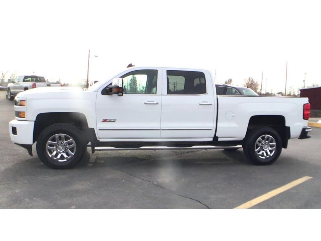 dealerslink_s3_amazonaws_com-vehicles-1354-176586T-5fbc5a9b2bd6b_jpg