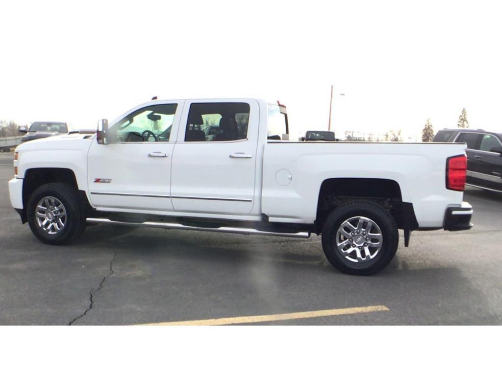 dealerslink_s3_amazonaws_com-vehicles-1354-176586T-5fbc5a9b88d5b_jpg