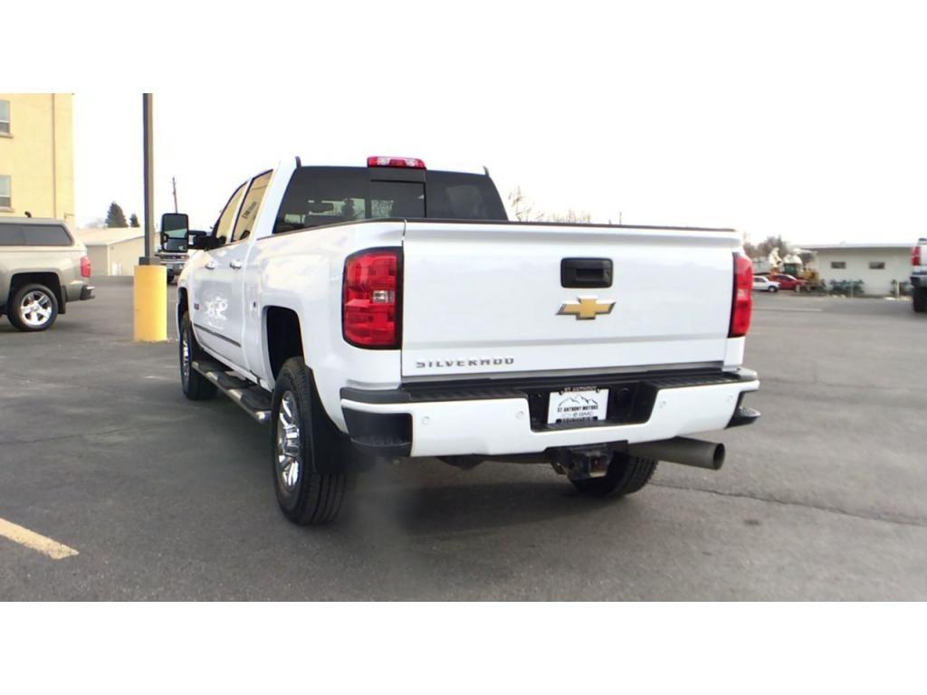 dealerslink_s3_amazonaws_com-vehicles-1354-176586T-5fbc5a9bcce48_jpg