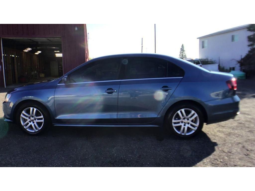dealerslink_s3_amazonaws_com-vehicles-1354-177349T-615b99099ec9c_jpg