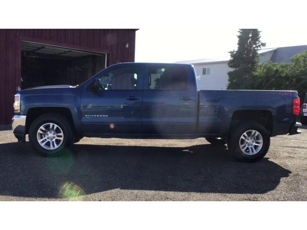 dealerslink_s3_amazonaws_com-vehicles-1354-182042T-611560b34c4a4_jpg