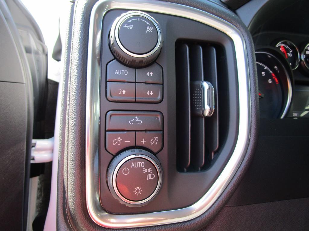 dealerslink_s3_amazonaws_com-vehicles-1354-C196844N-1BD15B0DD814288D5F3838255067221E_jpg