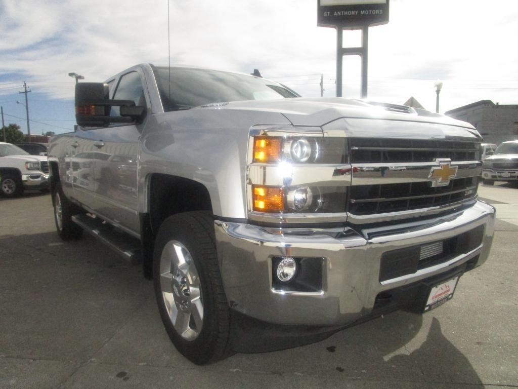 dealerslink_s3_amazonaws_com-vehicles-1354-C198208N-B2FA69A4FB93C137F9725D3187282AF1_jpg