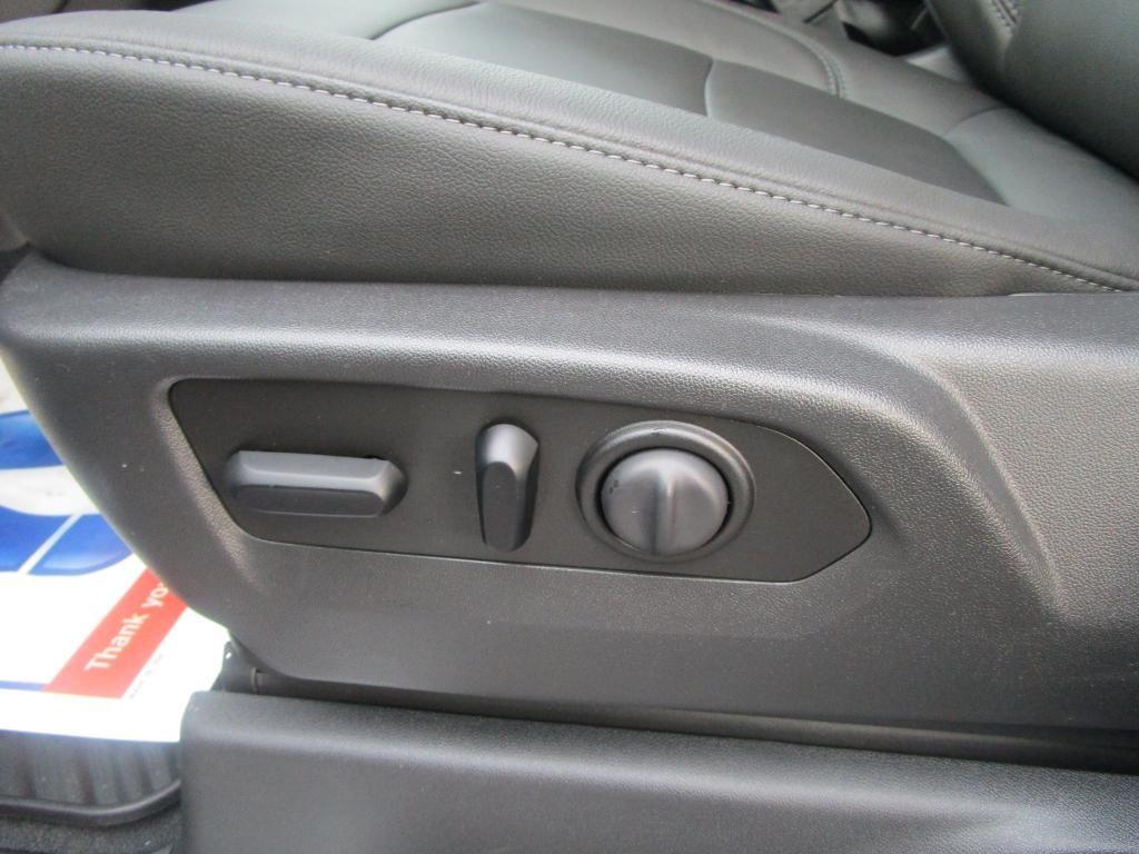 dealerslink_s3_amazonaws_com-vehicles-1354-C201920N-239B3452C8AE2A9E3195A90DC96A85EF_jpg