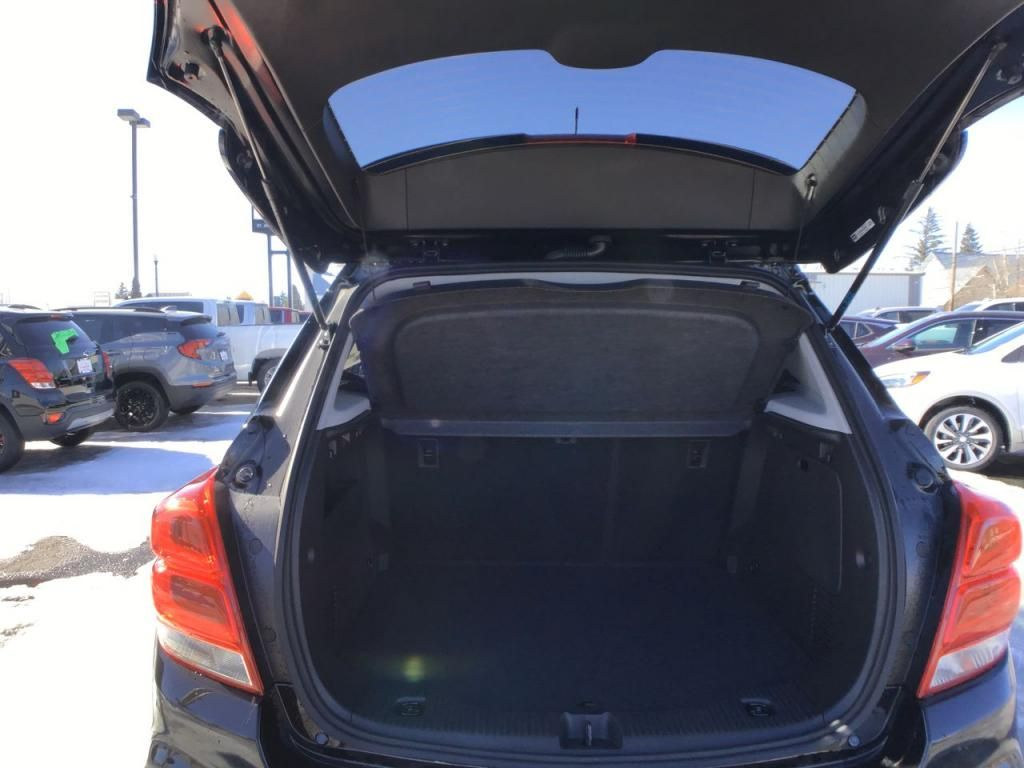 dealerslink_s3_amazonaws_com-vehicles-1354-C215596N-6040156d92e0b_jpg