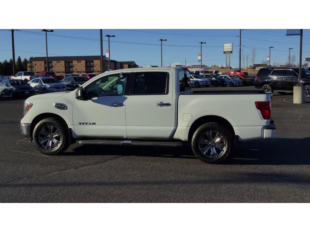 dealerslink_s3_amazonaws_com-vehicles-1355-171601T-604ad42034062_jpg