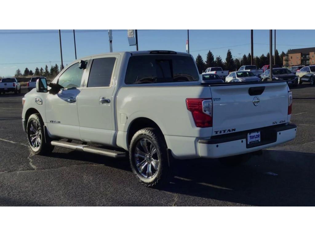 dealerslink_s3_amazonaws_com-vehicles-1355-171601T-604ad42078859_jpg
