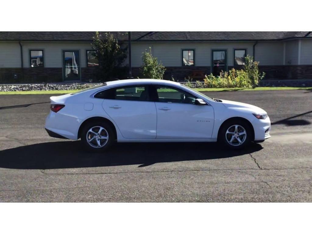 dealerslink_s3_amazonaws_com-vehicles-1355-180784A-5f73cbbca139a_jpg