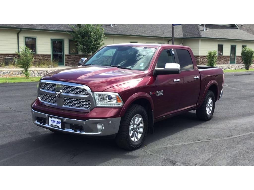 dealerslink_s3_amazonaws_com-vehicles-1355-182434T-60f85c2431b17_jpg