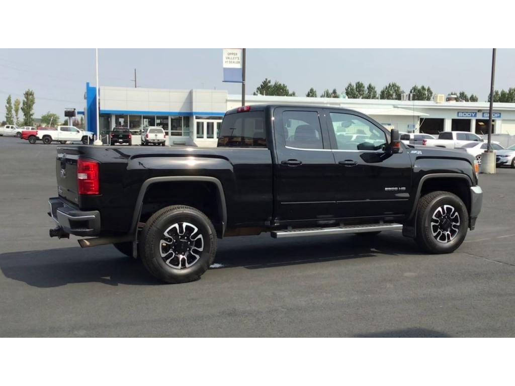 dealerslink_s3_amazonaws_com-vehicles-1355-198952A-613018d93175b_jpg