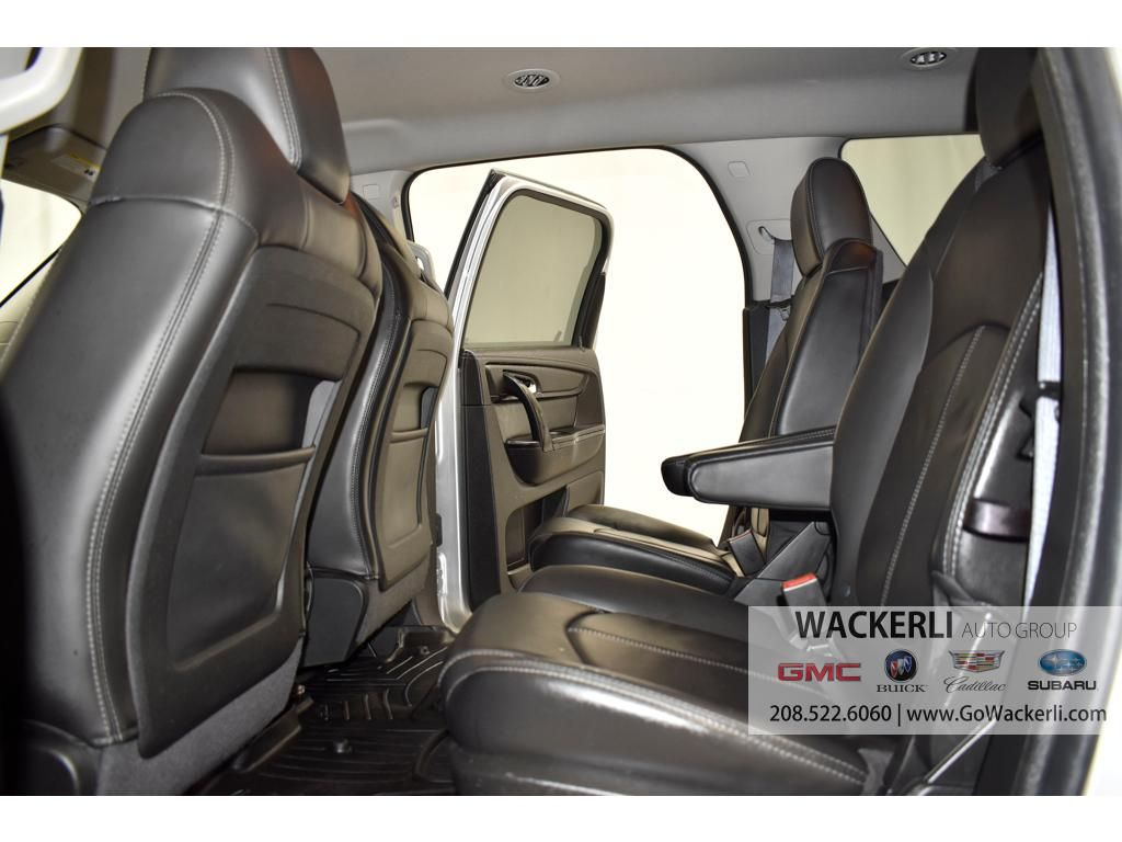 dealerslink_s3_amazonaws_com-vehicles-1841-1B203047A-960BD162BA605DD41AB98B485E6B9D0C_jpg