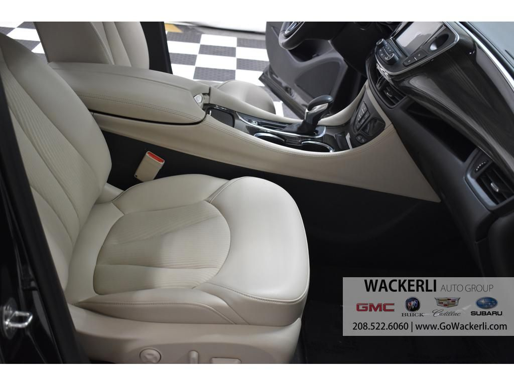 dealerslink_s3_amazonaws_com-vehicles-1841-1B203138-C13CF867C2B7ECA77820898617EE7F9B_jpg