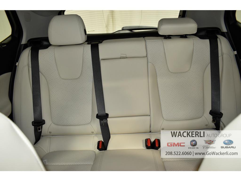 dealerslink_s3_amazonaws_com-vehicles-1841-1B210543-B7C653A50786C4070AFCE3AB1F4C9B47_jpg
