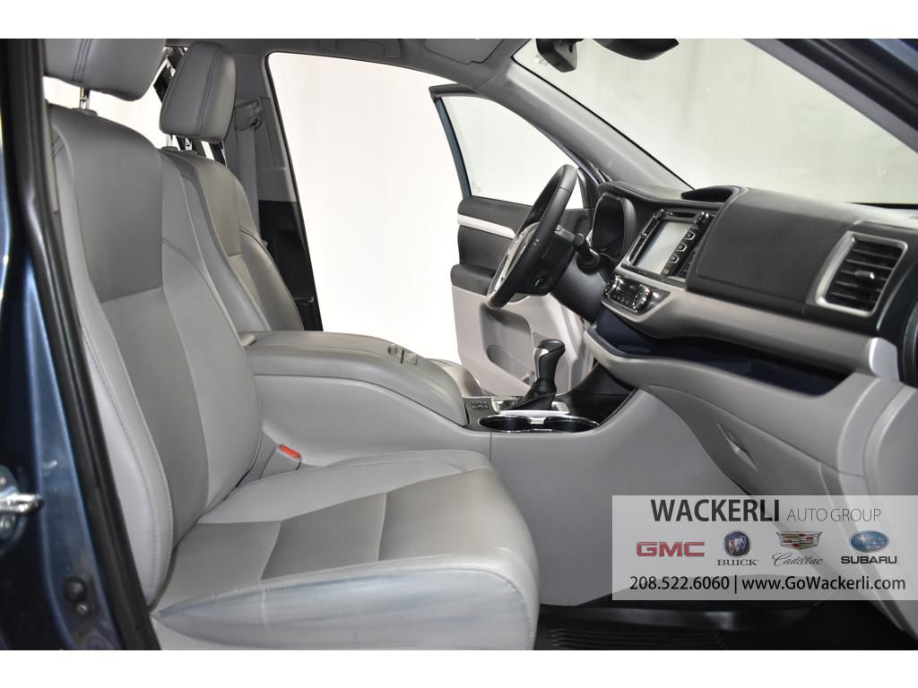 dealerslink_s3_amazonaws_com-vehicles-1841-1G218352A-1F2759F7C828BD51FB810606C99DEC1C_jpg