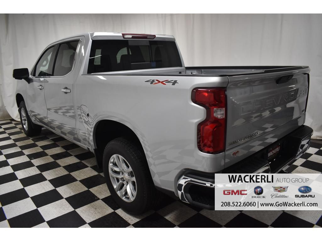 dealerslink_s3_amazonaws_com-vehicles-1841-1P192832-28D724AEC36B05F45DD8189E90339AE4_jpg
