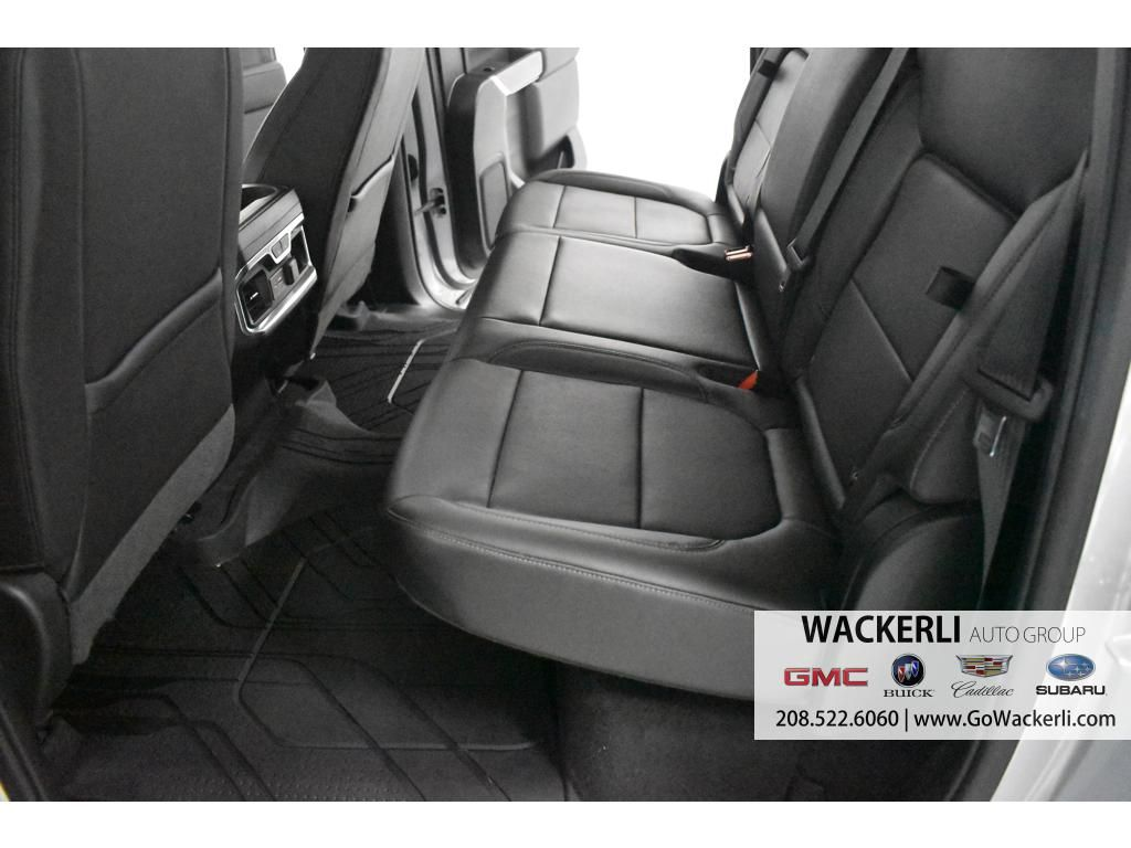 dealerslink_s3_amazonaws_com-vehicles-1841-1P192832-28D754F396726DCA51C48550710C2902_jpg