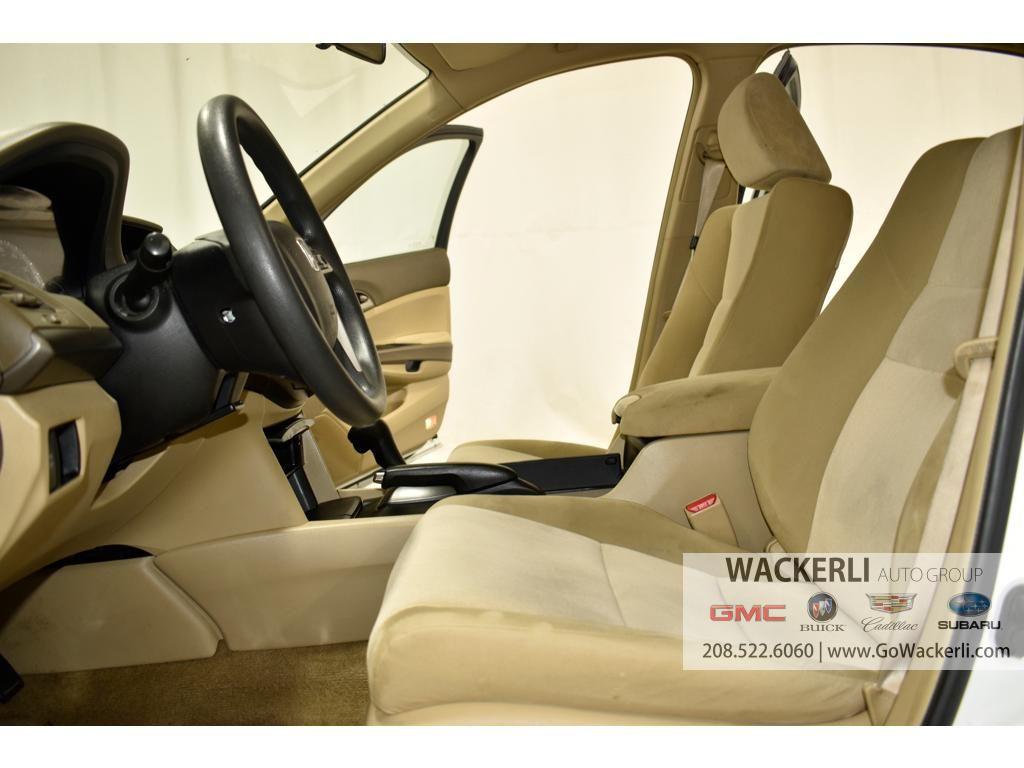 dealerslink_s3_amazonaws_com-vehicles-1841-1P200396A-080073AFDDFB17F6941F91152019F183_jpg