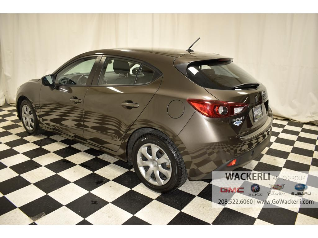 dealerslink_s3_amazonaws_com-vehicles-4683-2S211896A-66120E3D0C897D556CC603A4A4B7BF9A_jpg