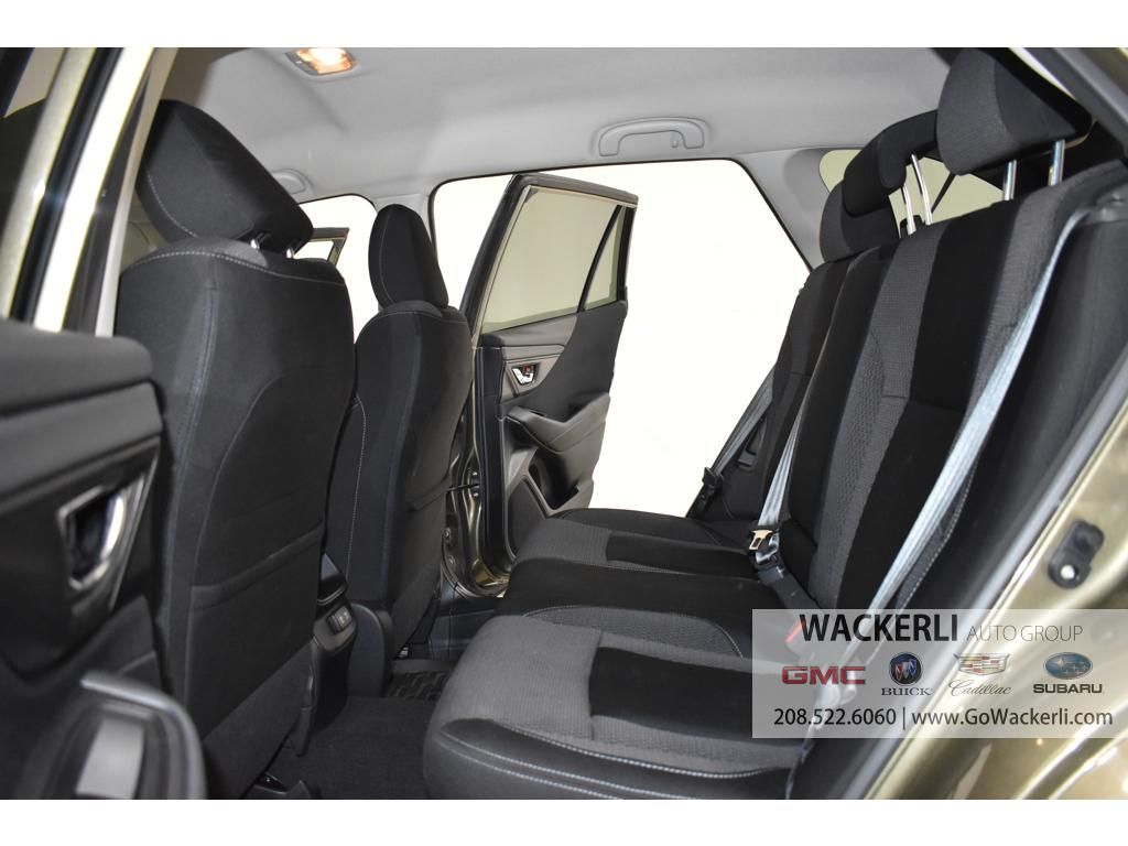 dealerslink_s3_amazonaws_com-vehicles-4683-2S218189A-BDE81D53BCC01D0AC0EF9E1E9E6422E7_jpg