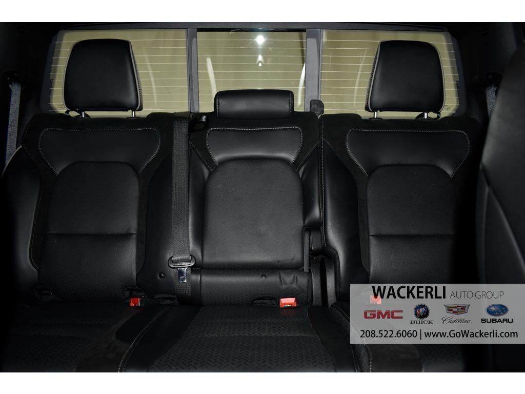 dealerslink_s3_amazonaws_com-vehicles-4683-2S222950A-1DDAB4979593F6D93DBC4E5455CADA44_jpg
