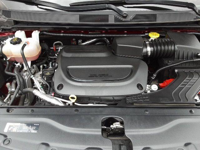 vehicle-photos-published_vauto_com-25-ad-fb-21-e4ba-41e4-8da5-40a6e50b8fc1-image-11_jpg