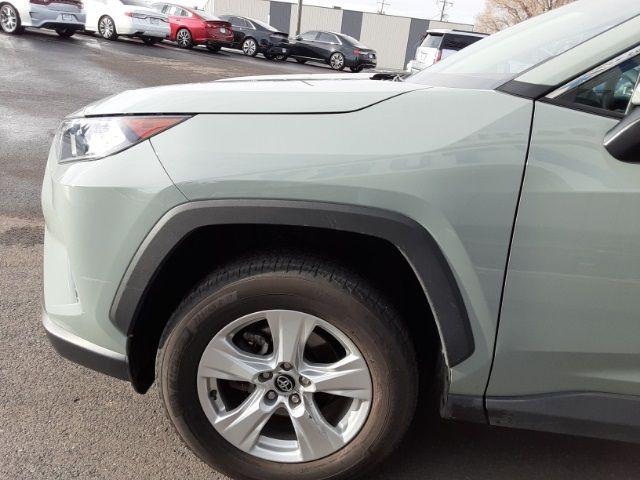 vehicle-photos-published_vauto_com-34-11-ec-1d-8136-45d0-a8a9-7aaff1f59bc3-image-10_jpg