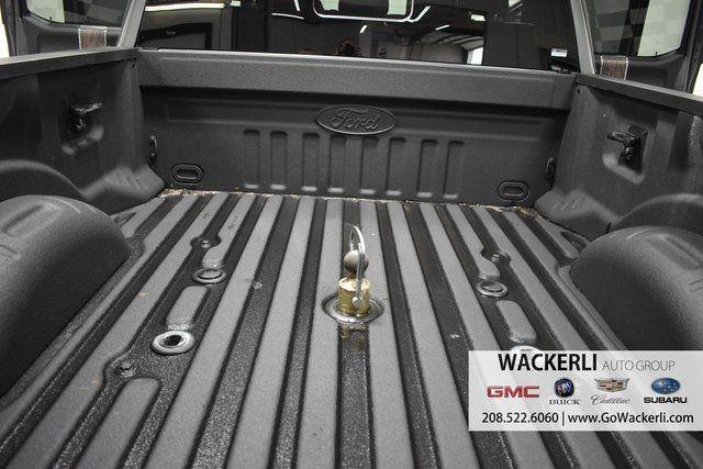 vehicle-photos-published_vauto_com-39-63-bf-a9-fb9f-44bc-a563-7186b1c22870-image-9_jpg
