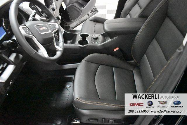 vehicle-photos-published_vauto_com-7a-c5-b4-ff-40b2-4975-b1c1-36e4494e0e8d-image-7_jpg