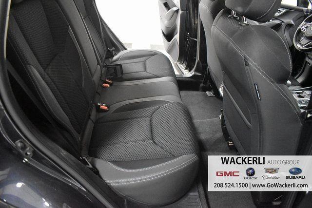 vehicle-photos-published_vauto_com-82-38-51-12-7d2d-4399-b9c6-4d13afbdc591-image-10_jpg