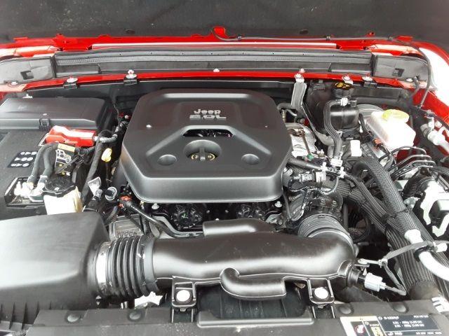 vehicle-photos-published_vauto_com-b0-ac-31-d4-029d-4ba5-ba5a-db6548d410af-image-8_jpg
