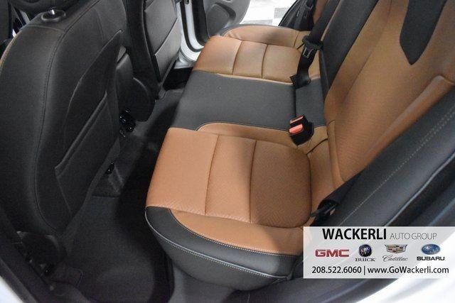 vehicle-photos-published_vauto_com-b9-26-9e-c2-0de8-47c6-8b7a-bf3dbe59346c-image-8_jpg